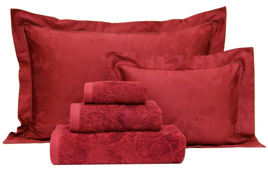 Подушки и полотенца Romance Cerise, Yves Delorme